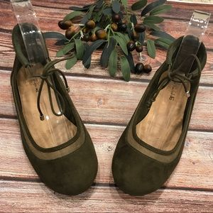 American Eagle Olive Green Ankle Tie Flats. 2